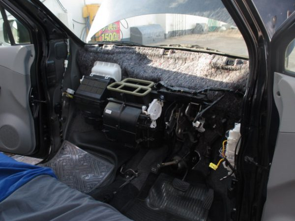 ワゴンRのエアコン修理サムネイル